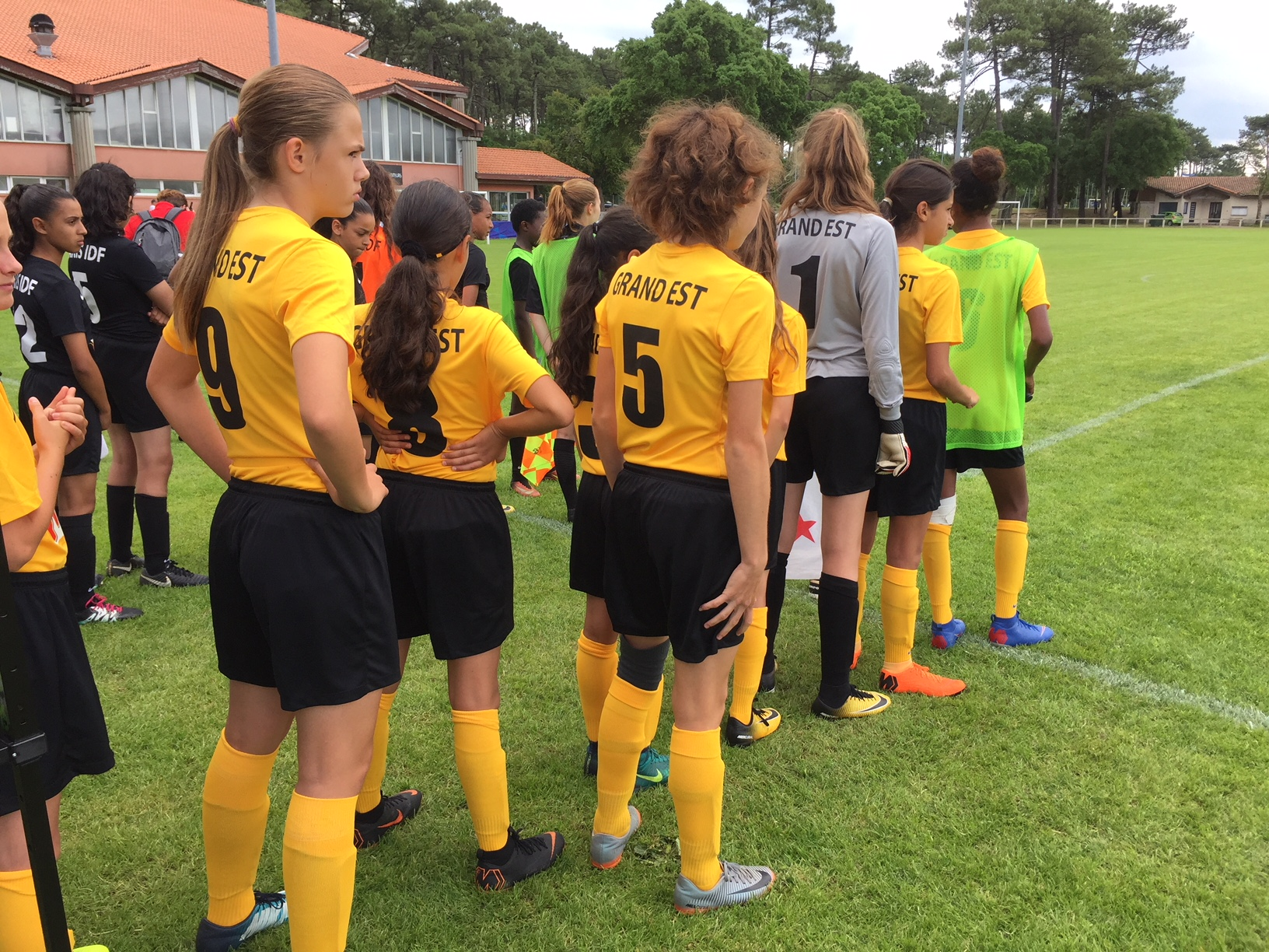Les U13f Du Stade De Reims A La Finale Nationale District Marne